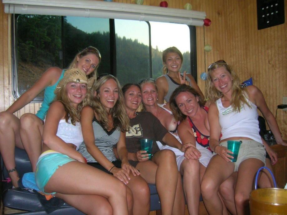 Смотреть пьяных женщин на отдыхе 20 фотография