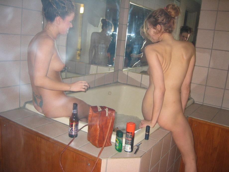 лобки бритые бассейн форум баня