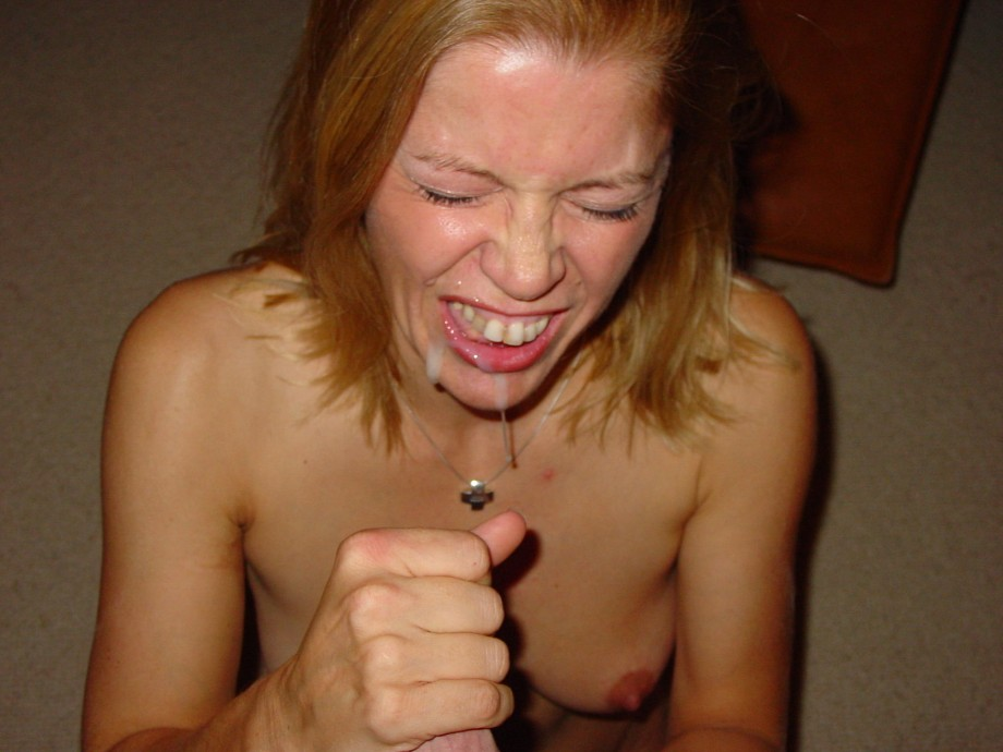 Genuine rough strapon fucking and gagging ffm 1