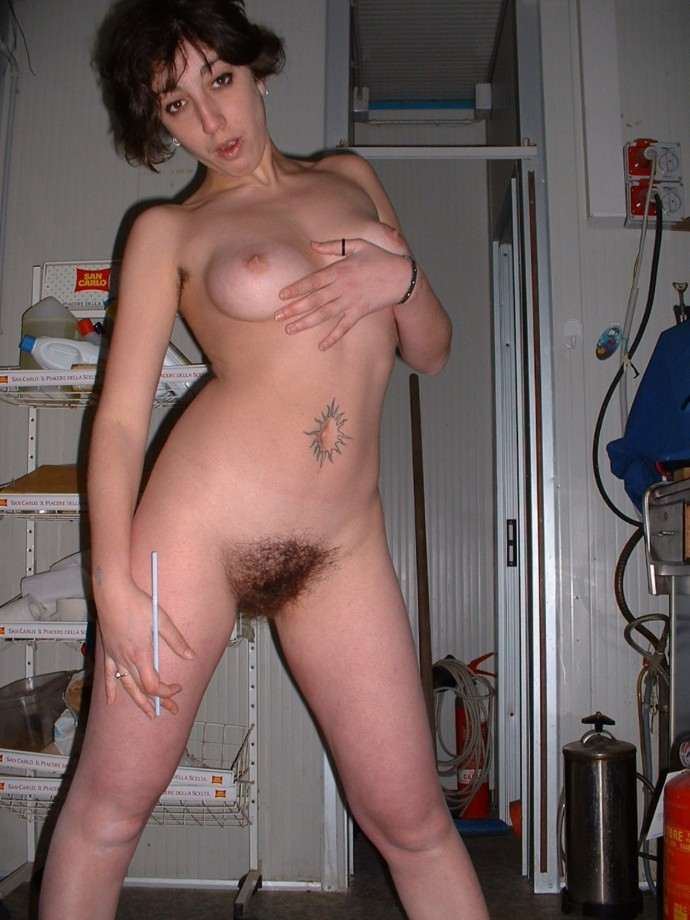 Gallery Milf Wife And Her Hairy Pussy Picture