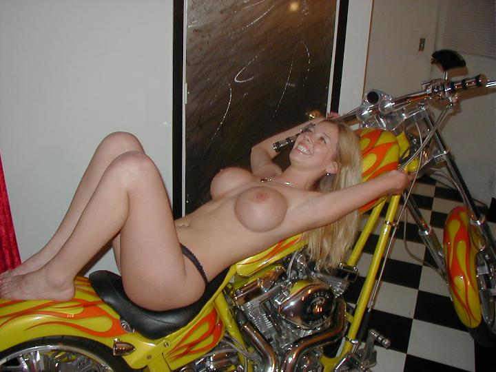 motorcycle Amateur nude girl