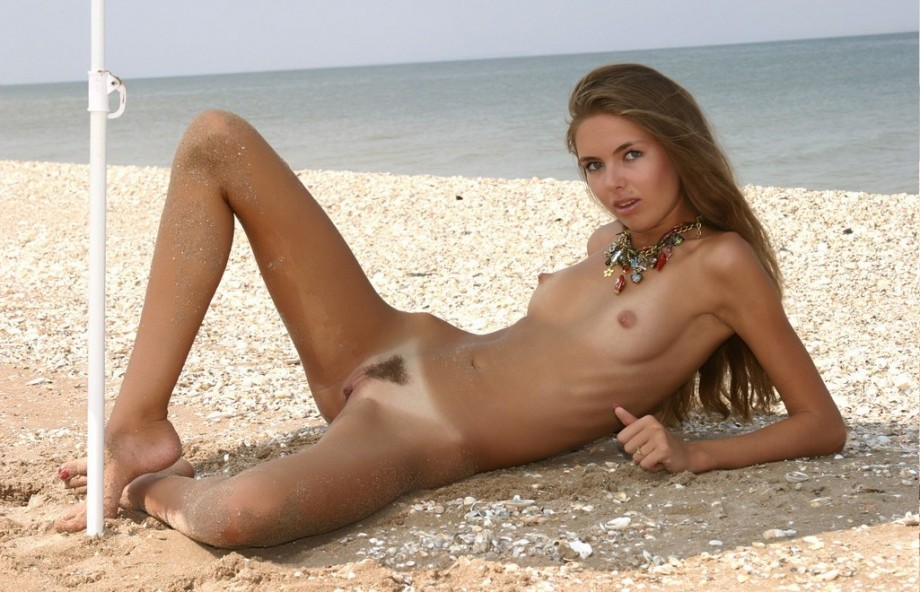 Skinny Blonde Girl Nude