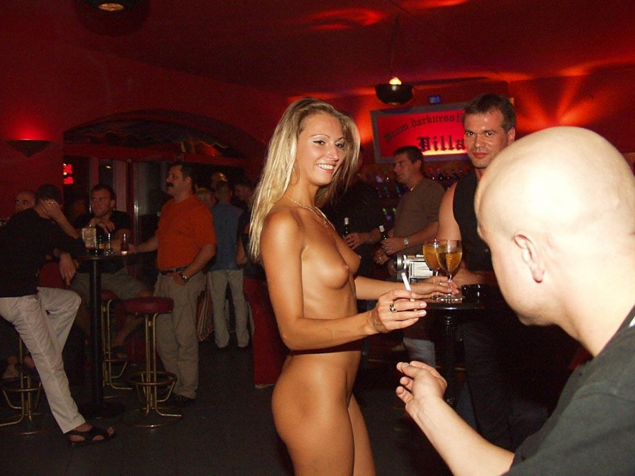 in bar Naked