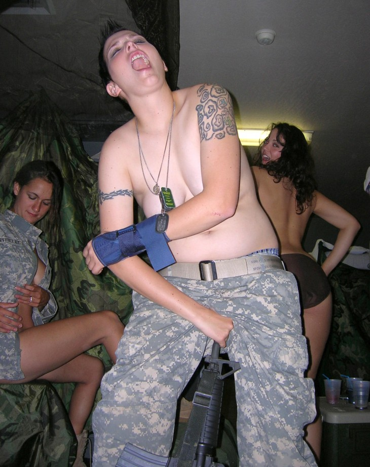 Can recommend Naked women in uniform military