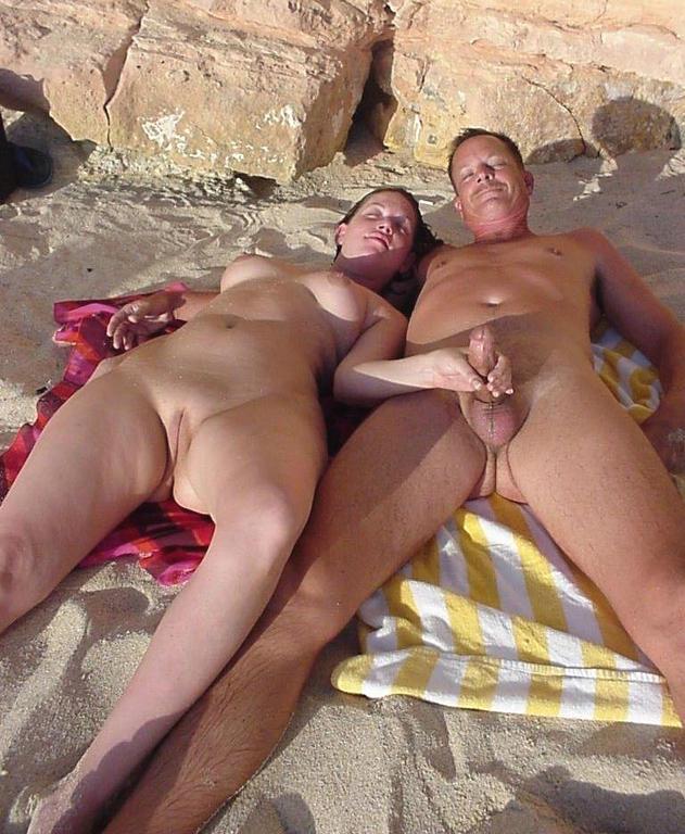 Нудиский пляж откровенные порнофото фото 363-1