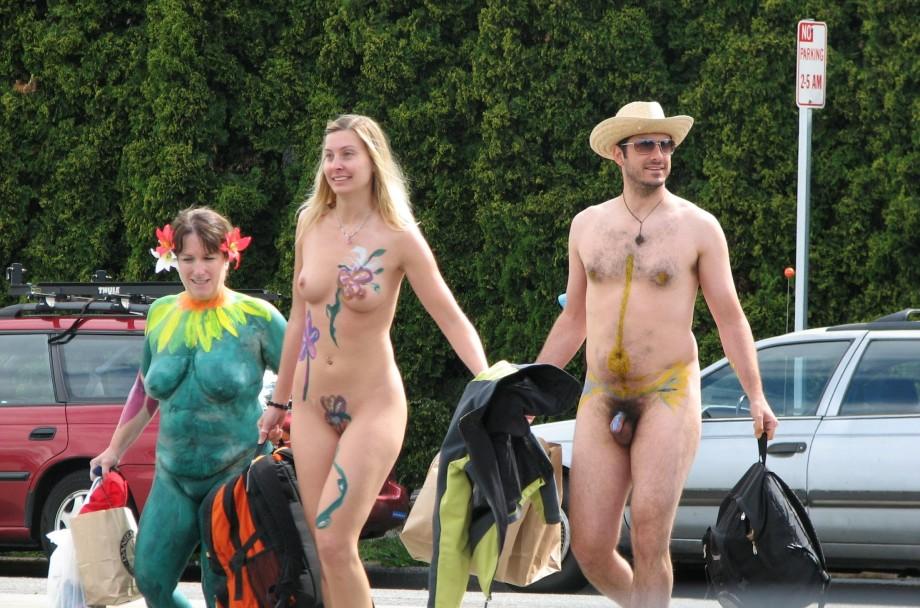 laura harring nude pics galleries