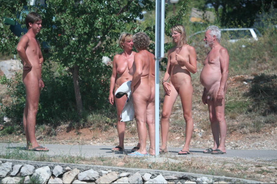 families hollydays nudism young
