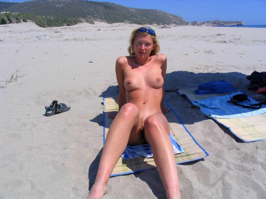 Girls masturbating under blanket hidden cam