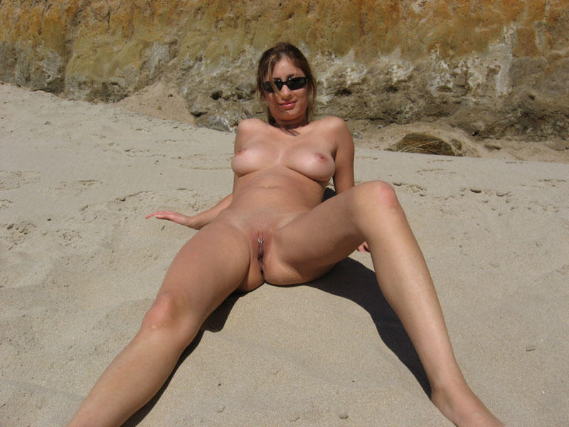 Nude wife photo gallery, topless amateur on knees