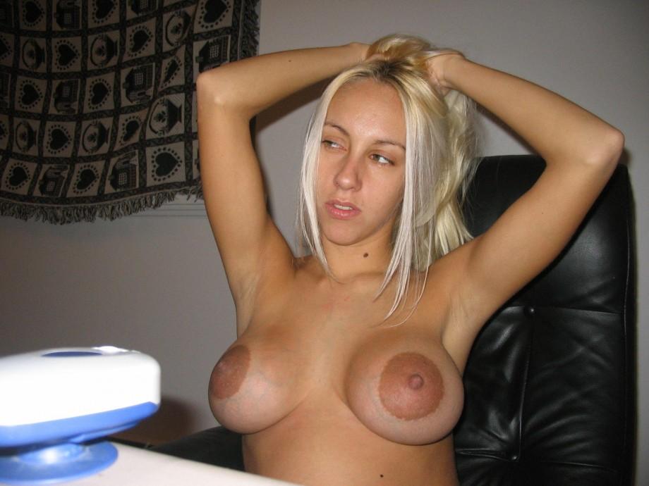 Big tits blow cum