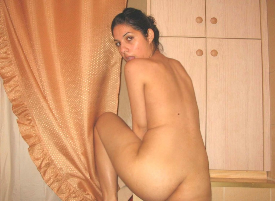girls Amateur nude polish