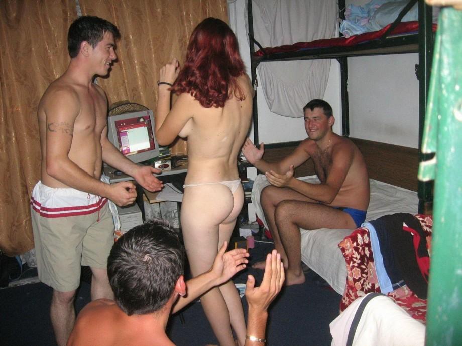 пьяные голые фото студенты