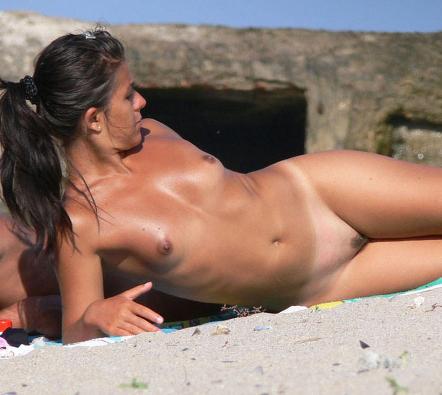 Beach nuded
