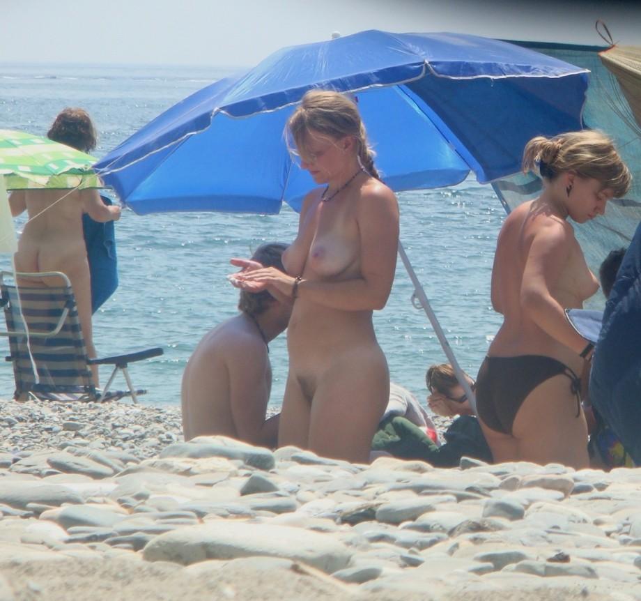 girls German nude beaches
