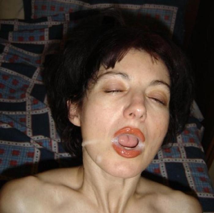 кончита на лице частное фото половых органов