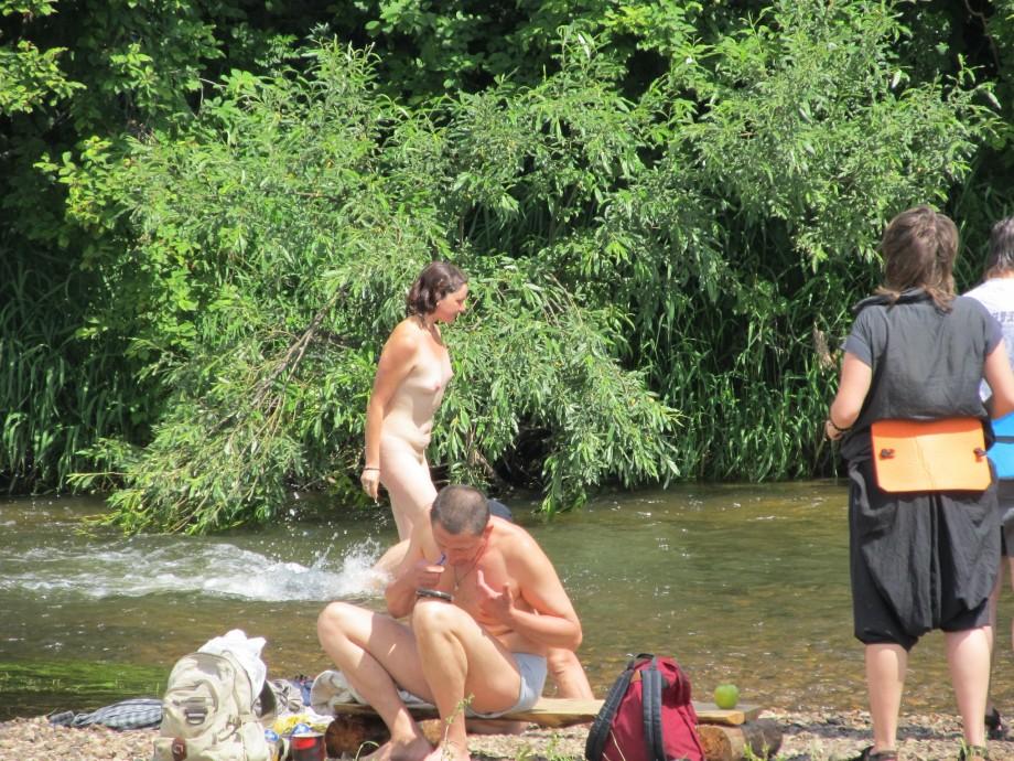 female free musician nude jpg 853x1280