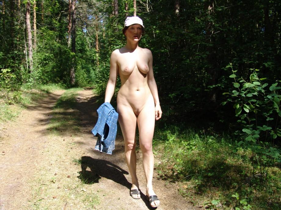 Mature woman wide open cunt
