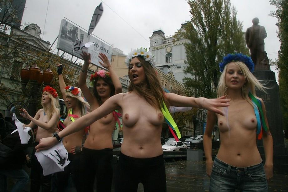 foto-golih-devushek-s-ukraini