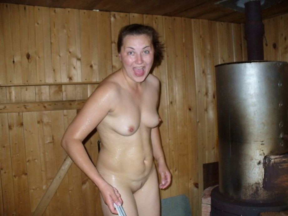 mom nude porn females