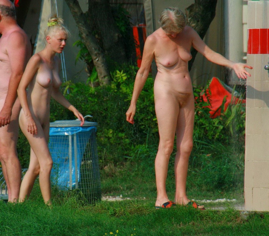 ... : Amateur girls on beach 33   Picture: 516187   gallery nudist 516187
