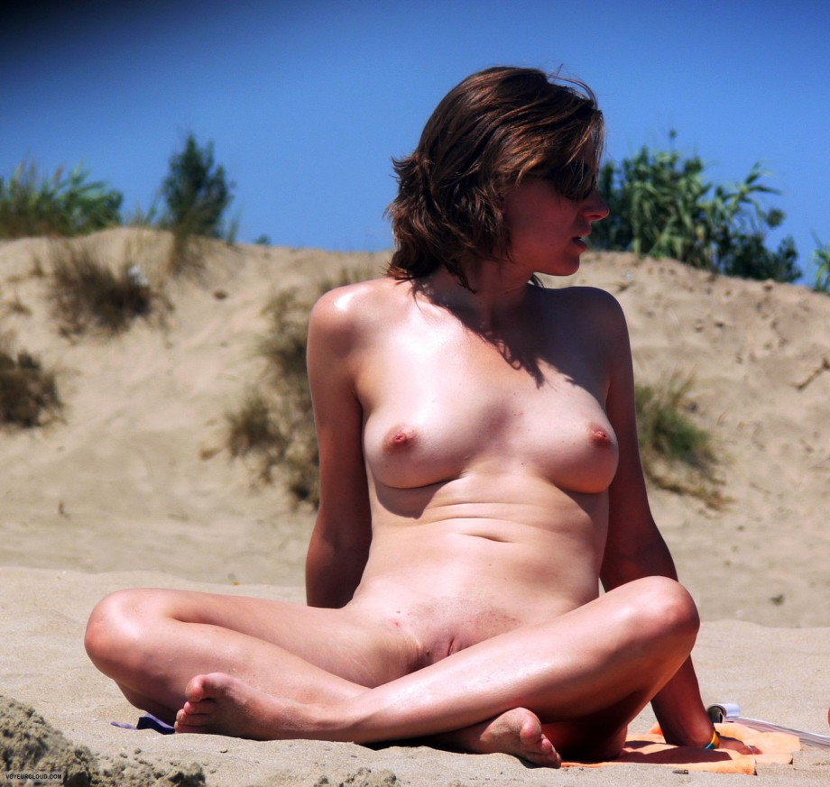 free nudist beach