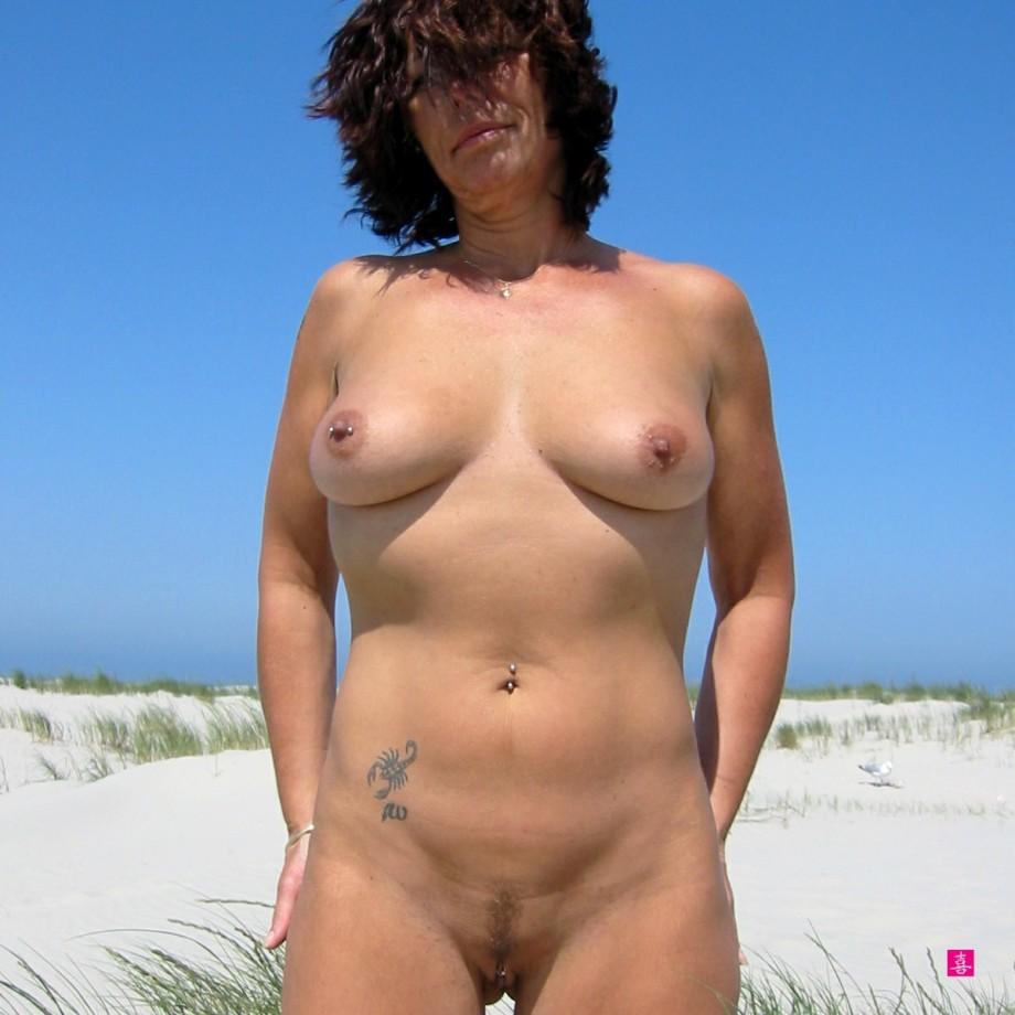 foto-golih-zhenshin-nudistok