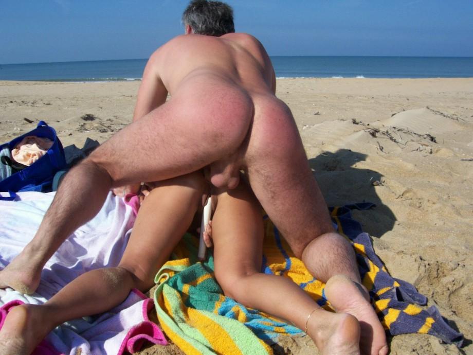 порно нудистов пляж
