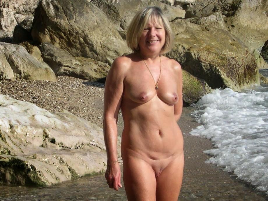 Trish stratus naked wwe