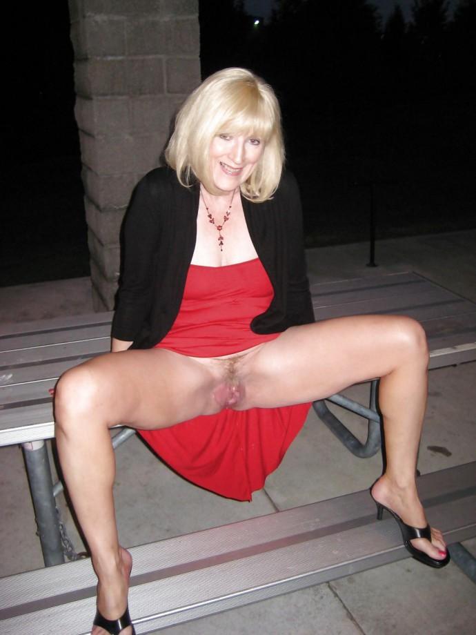 Deborah caprioglio naked
