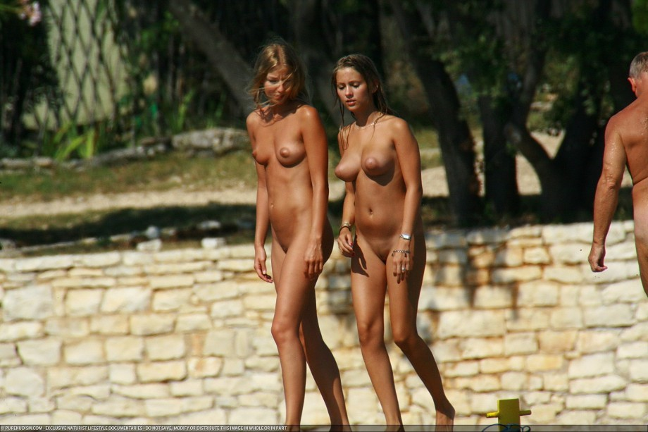 young croatian nudist girl