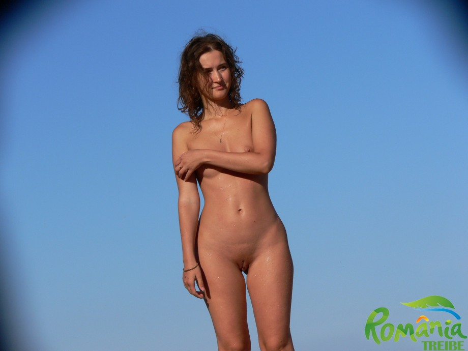 Gallery: Nude girls on the beach - 228 | Picture: 581066 ...