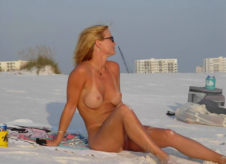 Nudist home webcam