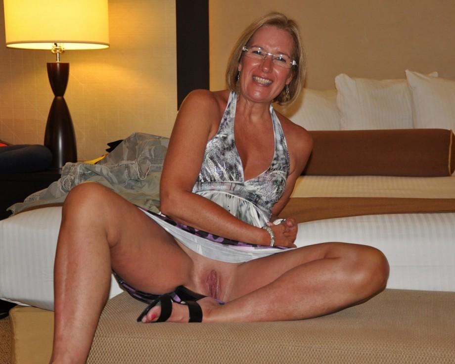 Free Porn Videos - PornBimbo - Femdom POV, JOI, CEI, Sissy Hypno.