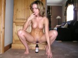 Amateur girls inserts bottle to pussy and ass